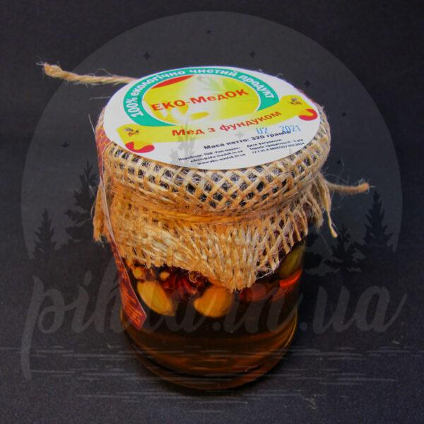мед с фундуком